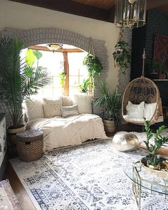 """1,595 Likes, 67 Comments - Designs by Jen (@blissfully_eclectic) on Instagram: """"The light in this room has been so different since the eclipse the other day. I know it sounds…"""""""