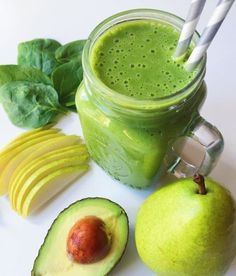 Vanilla, Pear, & Avocado Smoothie