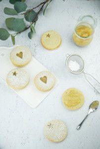 Linzer koekjes met bananenconfituur