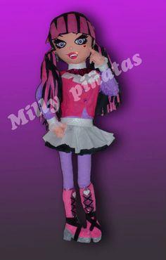 Piñata Draculaura, Monster High, fiesta, piñata, Milly Piñatas exclusivas