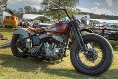 Old harley. Bobber as they should be...