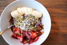 The Perfect Acai Bowl : Blissful Happenings | Where Fun and Fabulous Come to Party