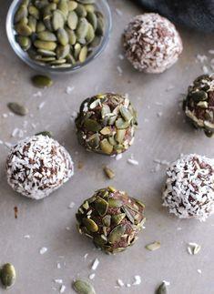 Chokladbollar (low carb, utan nötter) //Baka Sockerfritt Fodmap, Artichoke, Lchf, Sprouts, Paleo, Low Carb, Vegetables, Food, Inspiration