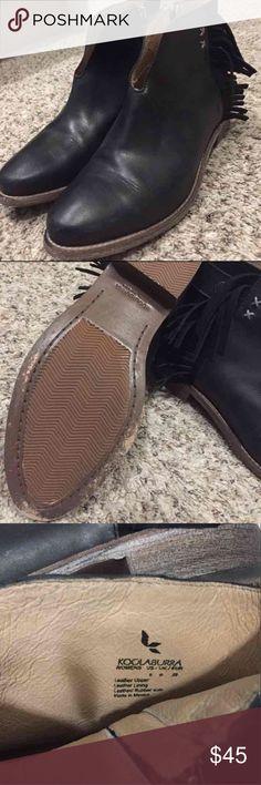 Black leather kookaburra fringe boots size 8 Black leather koolaburra fringe boots, great condition, I've worn these maybe twice. Size 8 koolaburra Shoes Ankle Boots & Booties