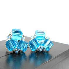 Vintage earrings clip on cluster aqua blue crystal JAPAN silvertone clip by RememberThis3 on Etsy