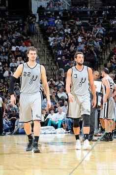 Tiago Splitter and Marco Belinelli - San Antonio Spurs