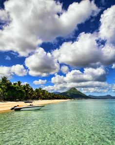 There's no hurry !  Mauritius  ♥ ♥ www.paintingyouwithwords.com