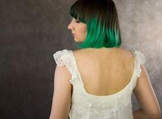 http://nocnymotyl.pl/oferta/sukienki-tuniki/biala-romantyczna-sukienka-s011