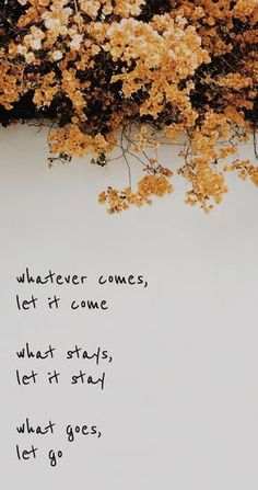 Quotation marks to look on the light side - l . - Quotation marks to look on the light side – labellavita - Self Love Quotes, Mood Quotes, Cute Quotes, Happy Quotes, Positive Quotes, Motivational Quotes, Funny Quotes, Quotes Inspirational, Citations Instagram