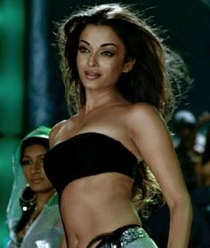 Aishwarya Rai in Crazy Kiya re (Dhoom 2)