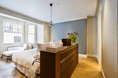 2 bedroom flat for sale in Earl's Court Square, London, - Rightmove. Two Bedroom Apartments, Small Room Bedroom, Bedroom Bed, Modern Bedroom, Master Bedroom, Bed Room, Bedroom Ideas, Bedroom Arrangement, 2 Bed Flat