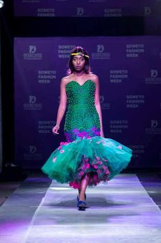Vohni Couture @vohni_designer African Bridesmaid Dresses, African Wedding Dress, African Dress, African Outfits, Tsonga Traditional Dresses, African Traditional Wear, Africa Fashion, Traditional Wedding, Dress Skirt