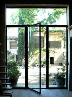 baie vitr e industrielle avec porte d 39 entr e recherche google portes pinterest baies. Black Bedroom Furniture Sets. Home Design Ideas
