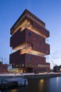 Wow!//OP: Neutelings Riedijk Architects   Museum Aan De Stroom (Mas)