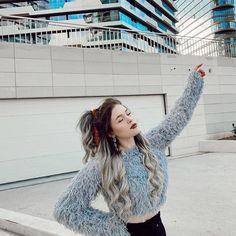 Son Luna, Galaxy Wallpaper, Tumblr, Powerpuff Girls, People Like, Tik Tok, Instagram, Youtube, Cellos