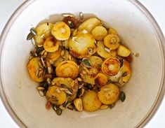 Palsternakka on kevään paras juures Potato Salad, Shrimp, Vegan Recipes, Vegan Food, Food And Drink, Potatoes, Keto, Fruit, Cooking