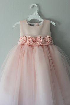 The Alice Dress: Handmade flower girl dress by SaskiaDankbaar