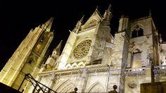 Catedral de León #fotografianocturna #nightphoto #catedraldeleon #spain