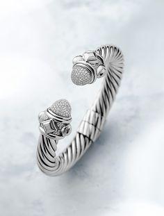 Renaissance bracelet in sterling silver with diamonds.