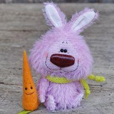 Small bunny (2,8 inch) for adoption  Link in profile #teddiesworldwide   И такой вот лохматый заяц тоже желает уехать в новый дом ))) #sale #foradoption #bunny #miniature #teddy #teddybear #teddybears #teddybearfriend #27konfet