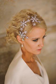 Photo Johanna Hietanen, Model Jenna,  MakeUp NinaR Accessories ninka.fi