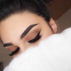 Top Trend 2018 Augenbrauen Modelle und Augen Make-up - # Eye # Eyebrow # Make-up . - make up modelle Pretty Makeup, Love Makeup, Makeup Inspo, Makeup Inspiration, Makeup Ideas, Makeup Style, Makeup Tutorials, Makeup Box, Style Inspiration