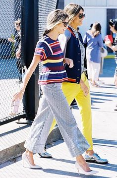 Thick striped top + thin striped bottoms + pumps.