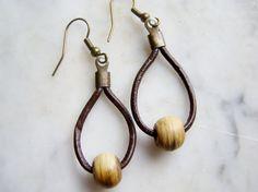 Leather Hoop Earrings Horn Bead Earrings Boho Earthy E552