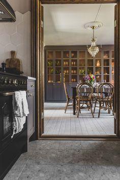 Accente vintage, grinzi de lemn și decor scandinav într-o casă de peste 100 de ani | Jurnal de Design Interior