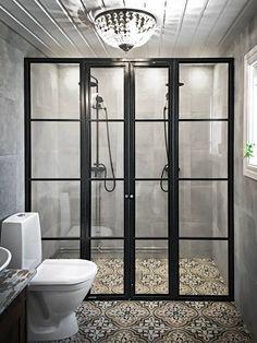 Glasväggar efter dina önskemål Siberg Design - www. Small Bathroom, Master Bathroom, Bathrooms, Bathroom Ideas, Home Remodeling, Interior And Exterior, Home Decor, Basement, House Ideas