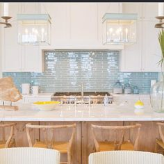 Had to repost this-found it from @bungalow5 designed by the FABULOUS @meredithmcbrearty. Totally in love with this look! #backsplash #kitchens #kitchendesign #barstool #interiors #interiordesign #coastalliving #blue #lantern