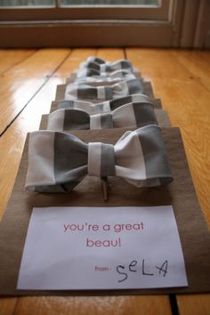 make your own simple bow tie. Great ideas for thank you notes in little girl birthday loot bags