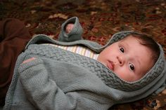 This free pattern (For Merry by annypurls) on Ravelry is so cute!  When we have a baby I shall knit one for our child.  Pfft, I may just knit one to have on hand!
