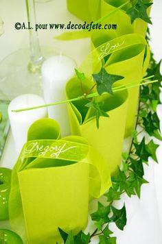 Le pliage des #serviettes #vert #anis se fera en coeur... évidemment ...
