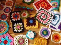 Le monde de Sucrette - this blog feeds my granny square love!