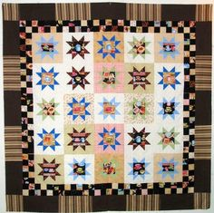 Journey to the Pacific Northwest for this free quilt pattern inspired by beautiful Seattle. This Coffee from Seattle Quilt Pattern uses fat quarters to create a pretty star quilt design. Scrap Quilt Patterns, Applique Quilts, Print Patterns, Pattern Ideas, Free Pattern, Quilting Tutorials, Quilting Designs, Quilt Design, Star Quilts