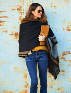 #scarf #flared #jeans #casual #look #ootd #outfit