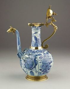 Kendi pouring vessel, Wan Li period (1573–1620), Mounts England, c. 1600