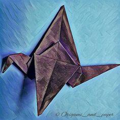 La grulla #instagood #instalike #instagram #instafoto #instaorigami #artedepapel #paperart #papel #papiroflexia #instadesign #paper #creative #creativeart #creativo #origamiandpaper