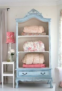 DIY Shabby Chic Decor Ideas - French Armoire Makeover - French Farmhouse and Vintage White Linens - Bedroom, Living Room, Bathroom Ideas, Distressed Furniture and Boho Crafts - Cheap Dollar Store Projects and Upcycle Repurposed Home Decor Shabby Chic Dresser, Chic Bedroom, Upcycled Furniture, Furniture, Chic Furniture, How To Clean Furniture, Shabby Chic Diy, Shabby Chic Homes, Home Decor