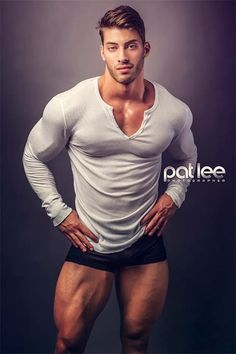 Alex Davis born in 1991 is in height and in weight. He is a fitness model and bodybuilding physique competitor. Male Fitness Models, Male Models, Fitness Modeling, Alex Davis, Pat Lee, Le Male, Good Looking Men, Muscle Men, Mens Fitness