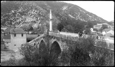 Titel 	Alte Brücke in Konjic, Jugoslawien Beschreibung 	Blick vom linken Ufer. Technik 	Schwarz-Weiß-Negativ Datierung 	um 1920 1920, Bosnia And Herzegovina, Alter, Croatia, Lamb, Ottoman, Grey, Sweet, Bosnia