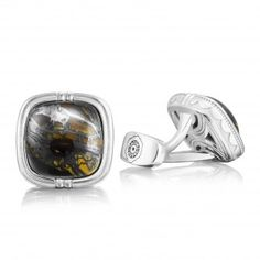 Adore this Retro Classic Cushion Cabochon Cuff Links from Tacori! | www.goldcasters.com