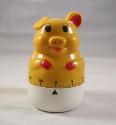 Pig Kitchen Egg Timer Vintage Yellow and Working.