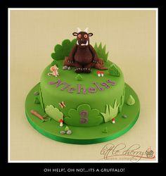 I love the Gruffalo this cake! Bake A Boo, Gruffalo Party, Witch Cake, Cricut Cake, 3rd Birthday Cakes, Birthday Ideas, Cupcake Cakes, Cupcakes, Cherry Cake