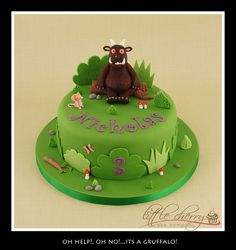 I love the Gruffalo & this cake!!