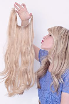 You need one huh? Holy moly these Halo Couture Extensions are incredible. They blend amazing and as you can see, they are sooooo easy to put in. There are no clips to fiddle with and you never have to worry…