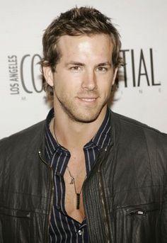 Mmm Ryan Reynolds.