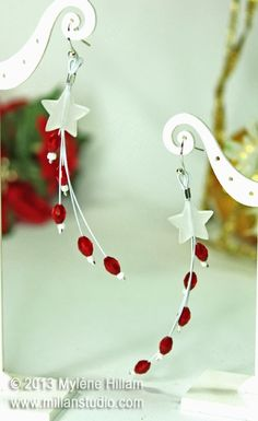 The Star of Bethlehem - Christmas Earrings Extravaganza, lovely shade of red Mylene Hillam has chosen for her creations. Could adapt for of July. Gemstone Jewelry, Beaded Jewelry, Handmade Jewelry, Earrings Handmade, Noel Christmas, Xmas, Star Of Bethlehem, Christmas Earrings, Bijoux Diy