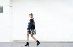 Faux-Fur Trend Hazte con el look en www.custo.com Get the look at www.custo.com